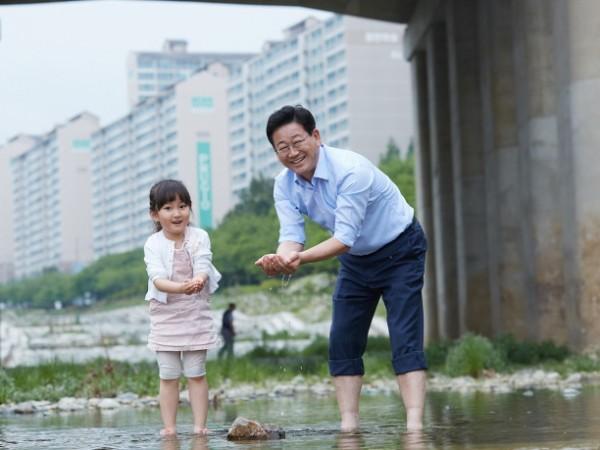 김해을_국회의원_김정호.jpg